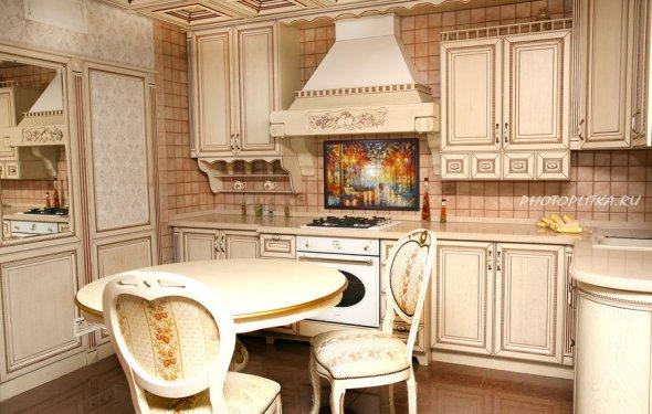 Дизайн кухни с оформлением