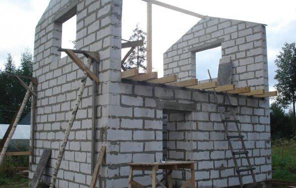 Как построить дом из